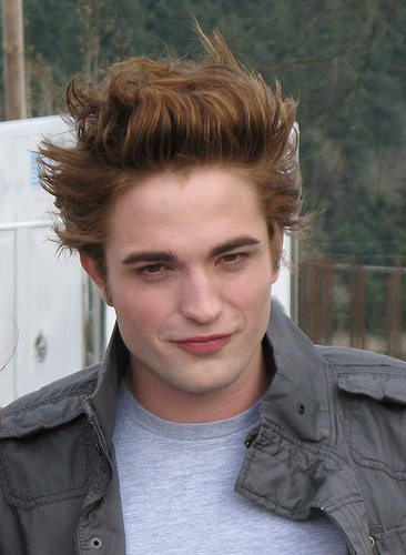robert pattinson haircut
