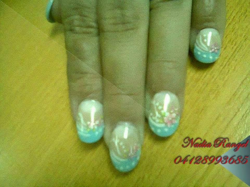 Naro´s Nails