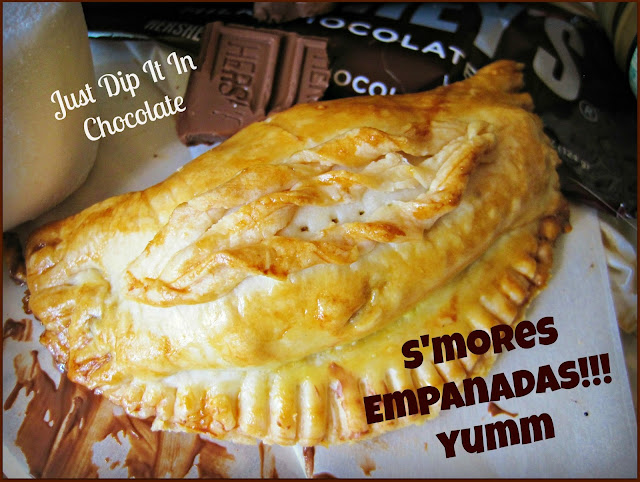 S'mores Empanadas Recipe, these delicious treat you can have year round. Buttery and flaky crust and ooey gooey center! No need of a campfire to enjoy them!