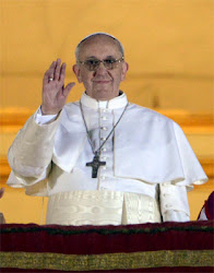 Sua Santidade Franciscum I, legítimo sucessor de São Pedro chefe visível da Igreja de Cristo.