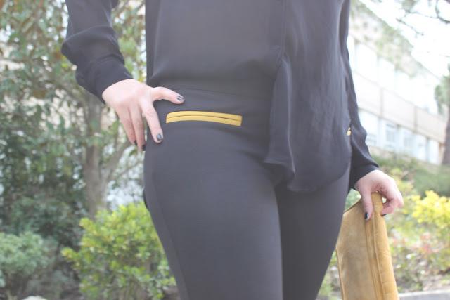 DIY como hacer un collar con tachuelas. Blog de moda, costura y DIY.