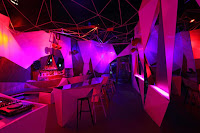09-11-11-CLUB por Uras-X-Dilekci-Architects