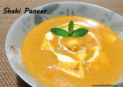 Shahi paneer curry gravy