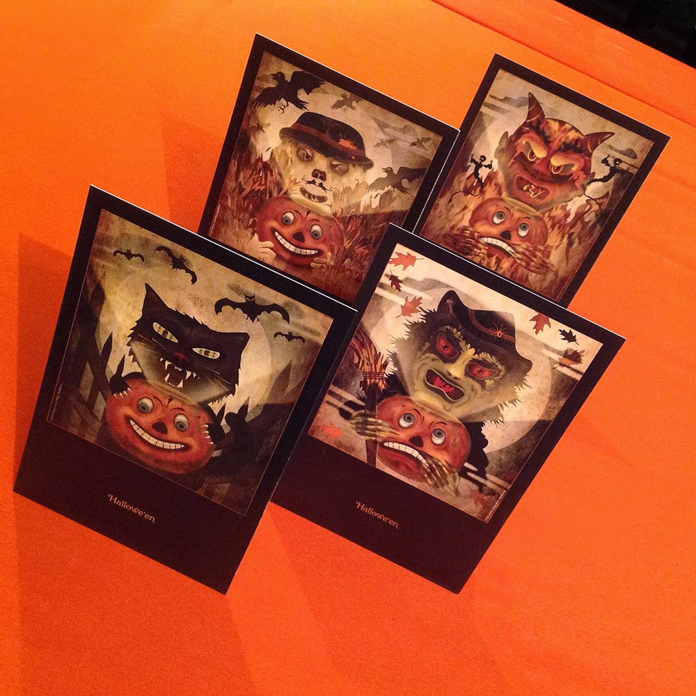 Paper good set by Bindlegrim is a vintage-style postcard set featuring classic German-esque imagery of JOL pumpkin held by black cat, witch, devil, or bogle scarecrow.