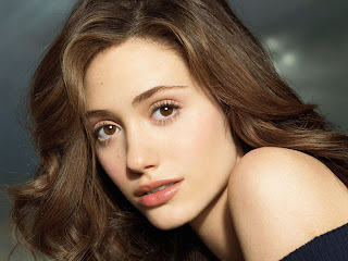 Emmy Rossum wiki and pics