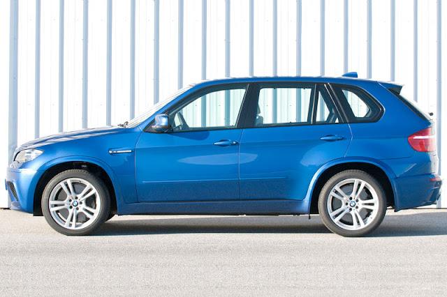 2010 BMW X5 M Wallpaper