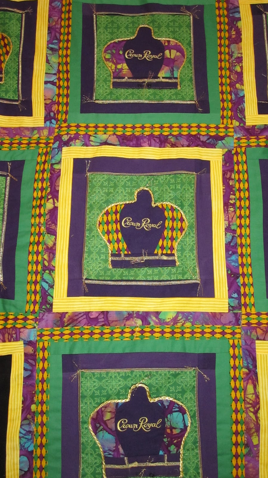 how to make a crown royal quilt