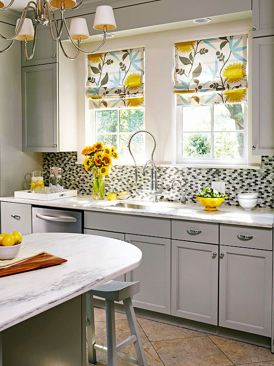 2014 kitchen window treatments ideas decorating idea for Kitchen decoration photos