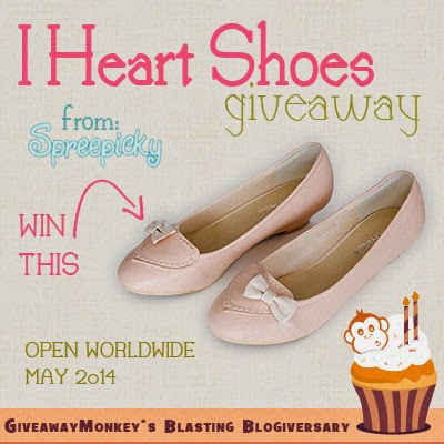 I Heart Shoes Worldwide Giveaway