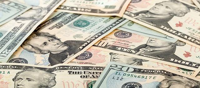 Menyamakan Uang Dengan Sukses