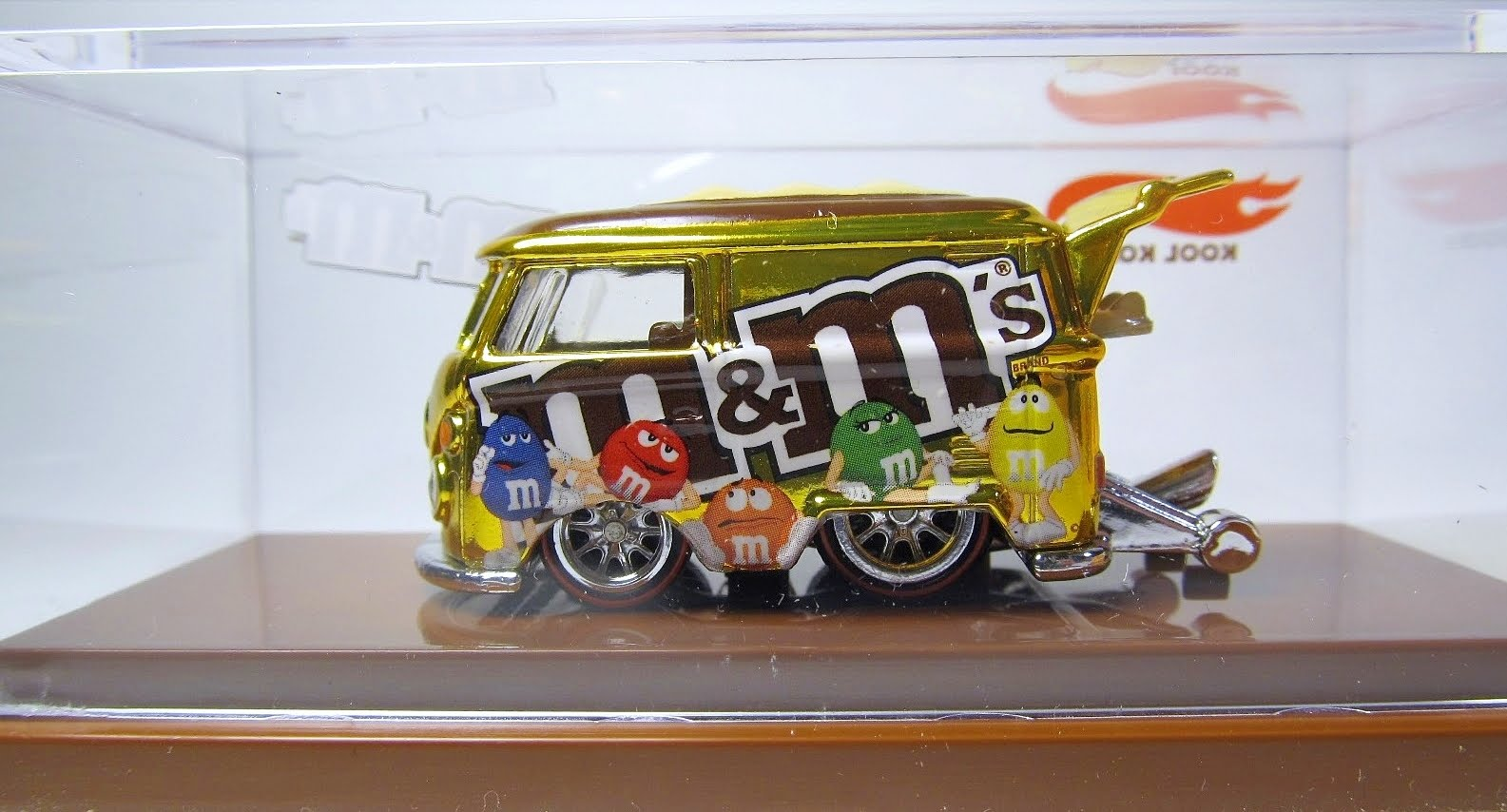 Hot Wheels RLC M&M VW Kool Kombi