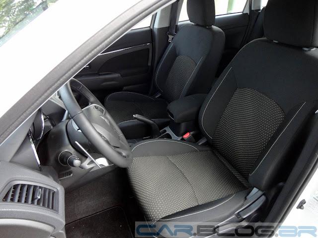 Mitsubishi ASX 4x2 2014 - interior