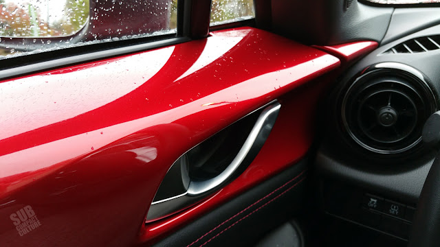2016 Mazda MX-5 Miata door