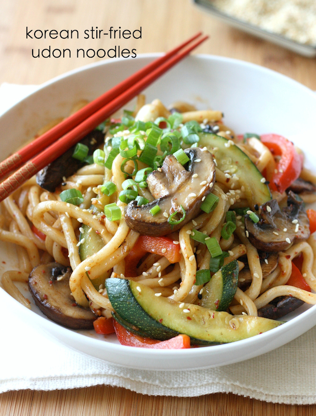 Stir-Fried Korean Udon Noodles by SeasonWithSpice.com