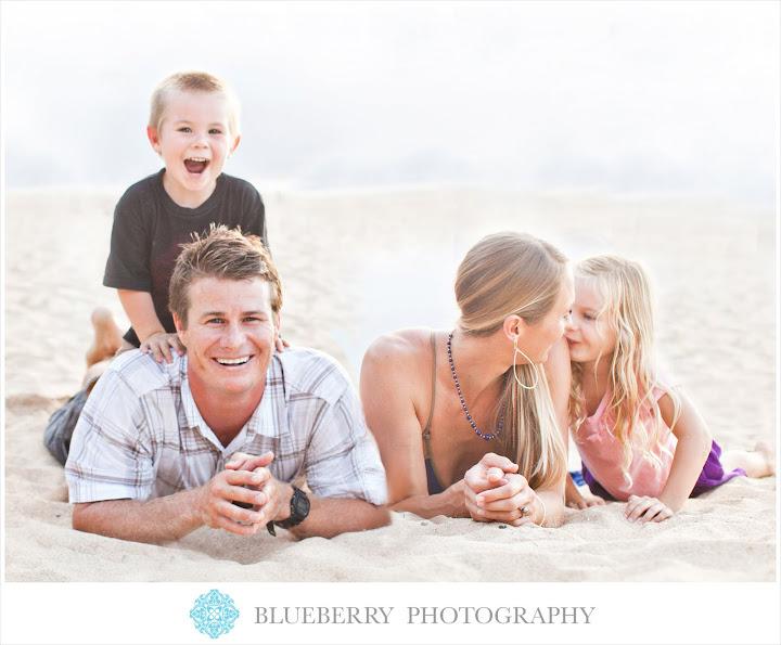 maui family portrait on the beach