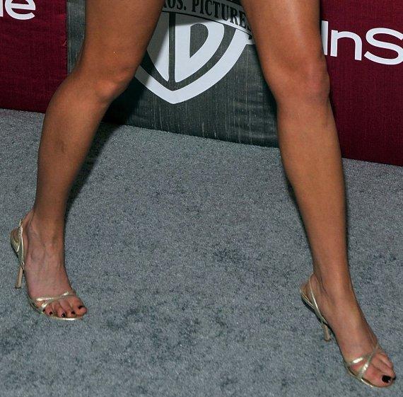 Amanda bynes feet seems