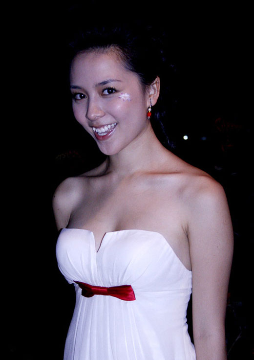 duong truong thien ly miss vietnam world 2008 photos 05