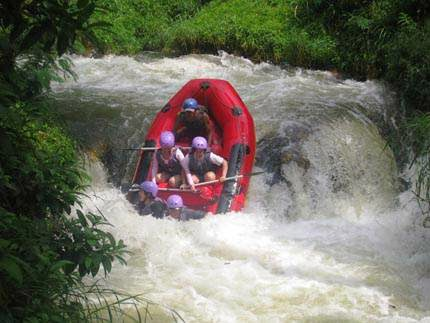 Tempat Wisata Arung Jeram di Bandung