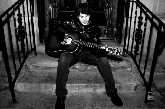 Christopher Reyne: singer-songwriter from Portland, OR, US played in E107 of the ArenaCast