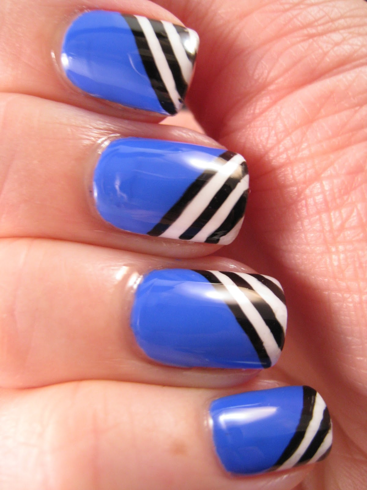 Naily perfect black and white stripes over blue my mind blue my mind black and white stripes nail prinsesfo Choice Image
