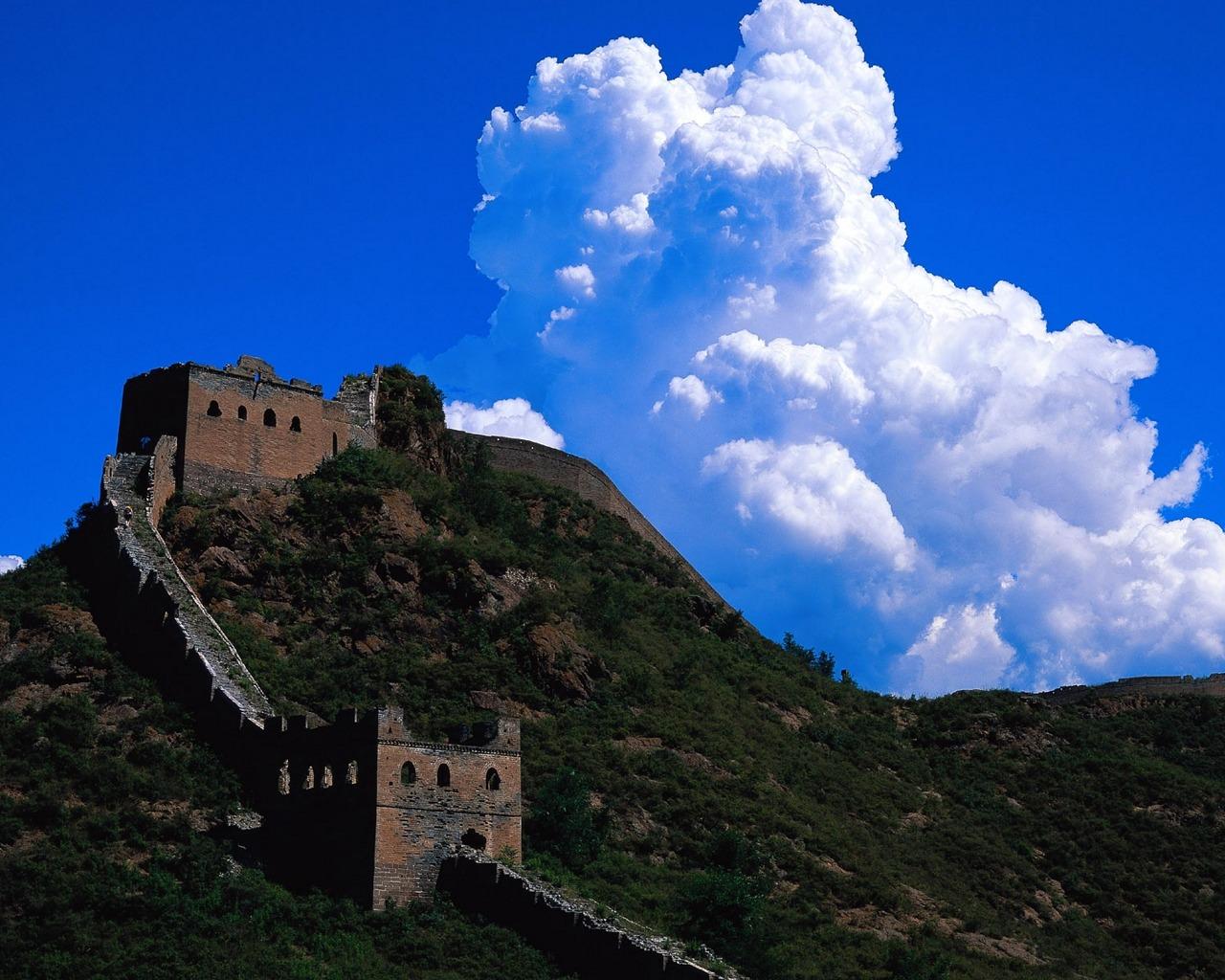 http://3.bp.blogspot.com/-xMeuPgq4zMw/UGlwgeFjKaI/AAAAAAAACBw/zqOdKeqErk0/s1600/wallpapers-backgrounds-hd-pictures-photos-great-wall-china+9.jpg