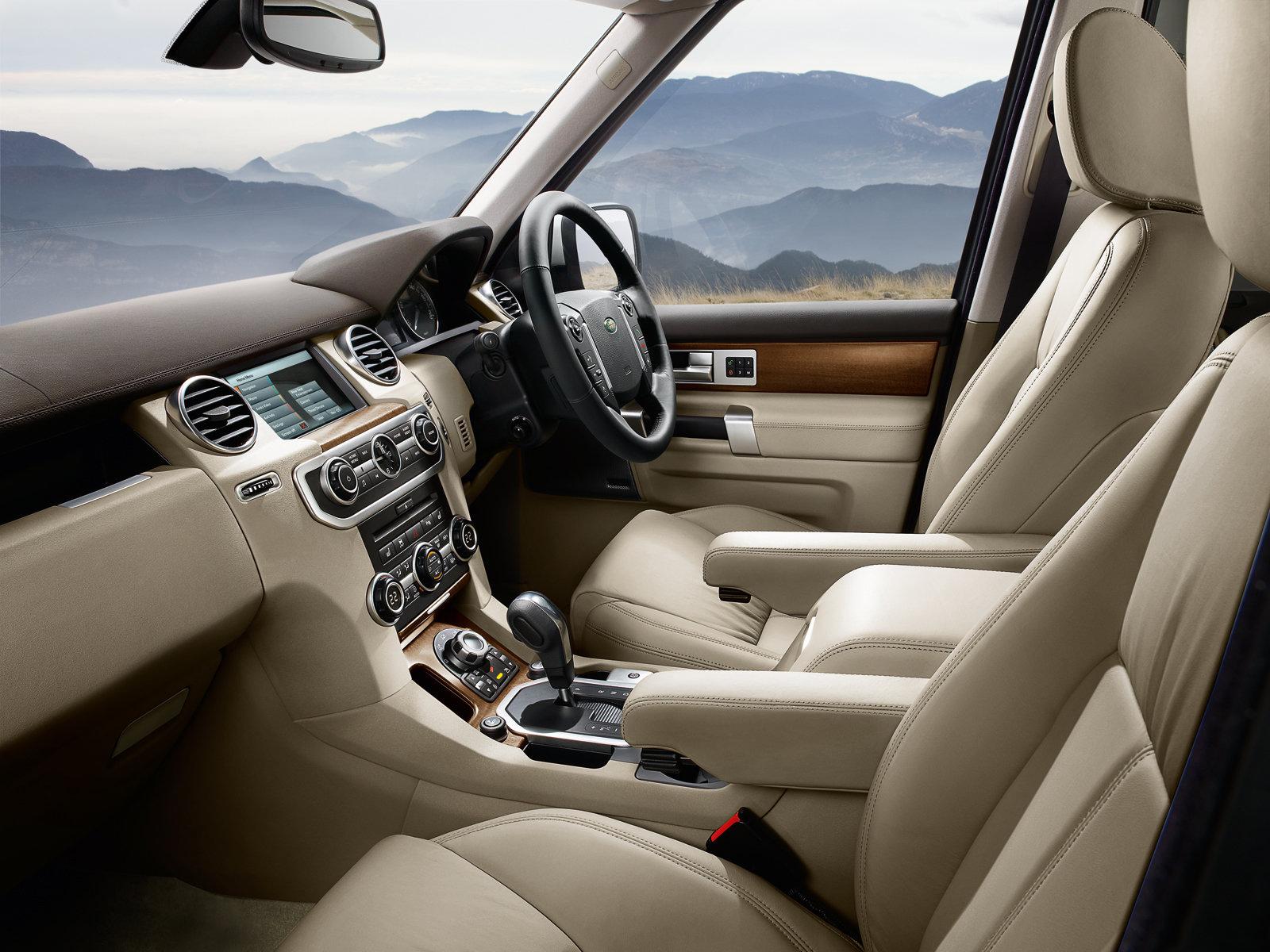 http://3.bp.blogspot.com/-xMigmz4BRSg/UW1xzkeXZPI/AAAAAAAAQYQ/qozw0-vYgQc/s1600/2010+Land+Rover+Discovery+4+interior.jpg