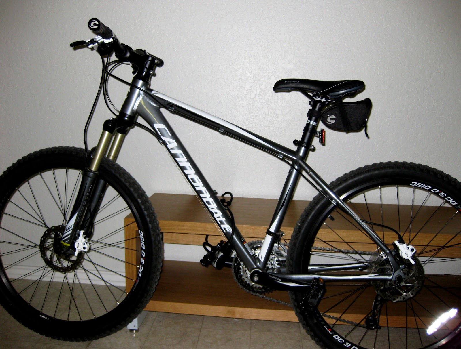 Cannondale F4 Mountain Bike