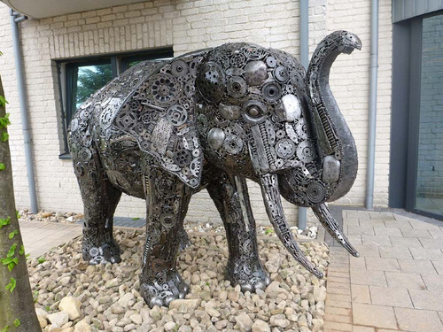 02-Large-Animal-Sculpture-Elephant-02-Giganten-Aus-Stahl