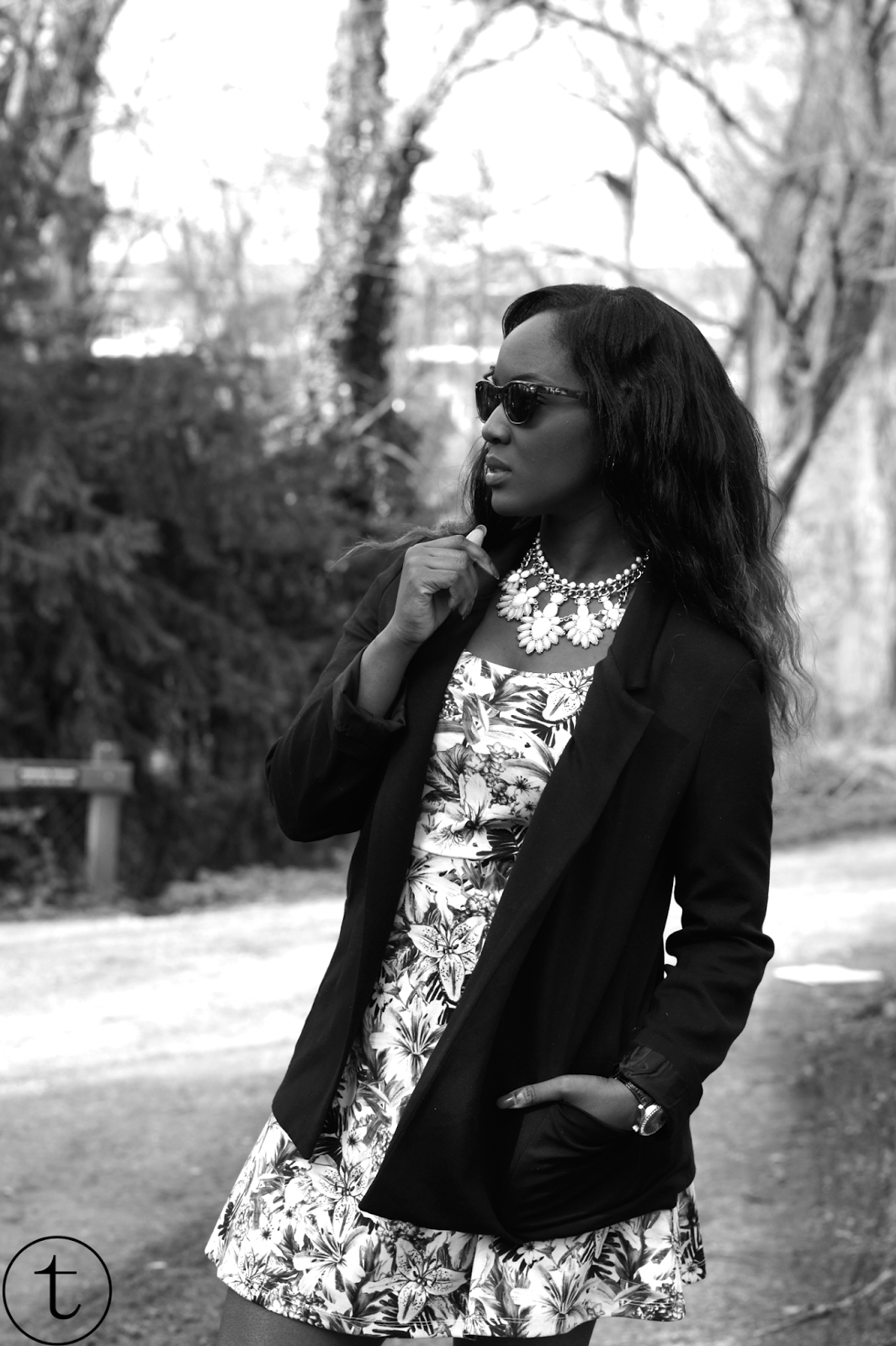 outfit post wearing h&m dress and zara blazer