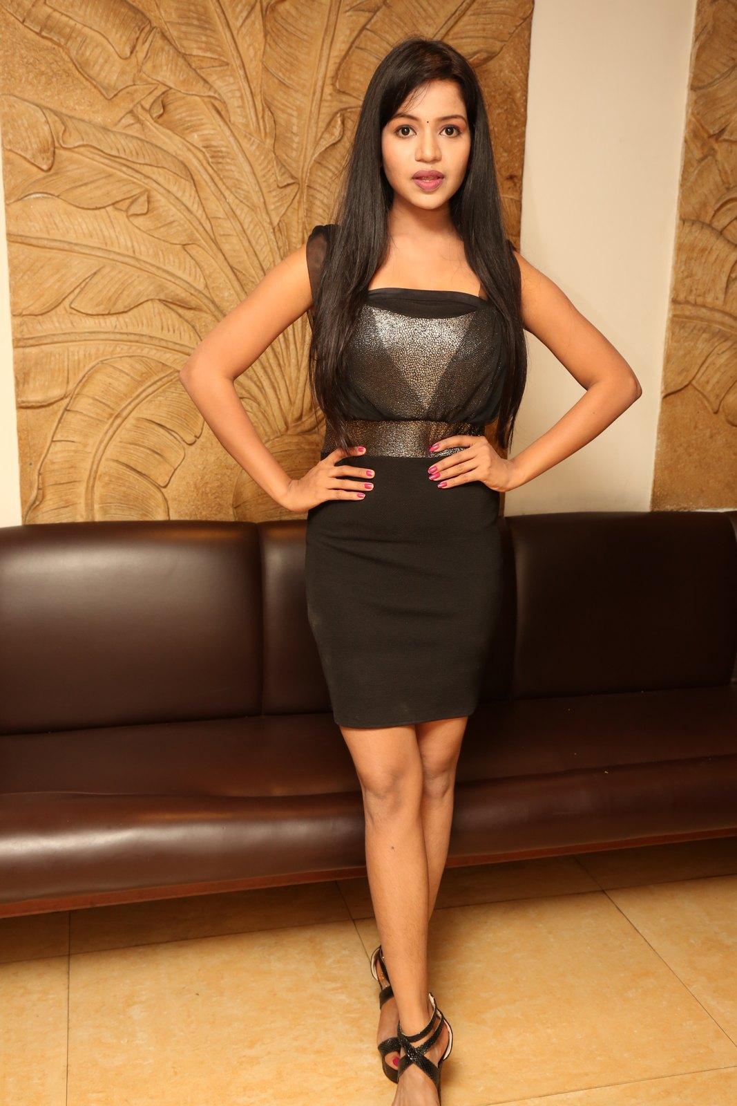 Bhavya sri New glam photo shoot-HQ-Photo-16