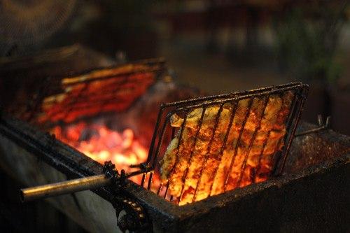 Thưởng thức vịt nướng Vân Đình đêm thu thật là tuyệt 1