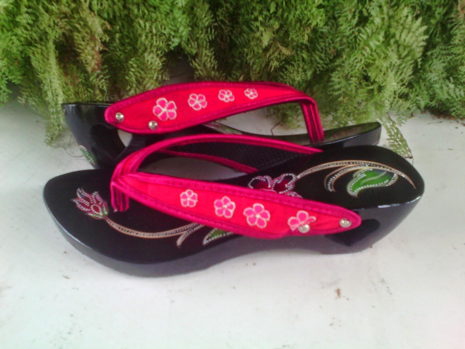 Sandal Sepatu Wanita Kelom Geulis Tasikmalaya