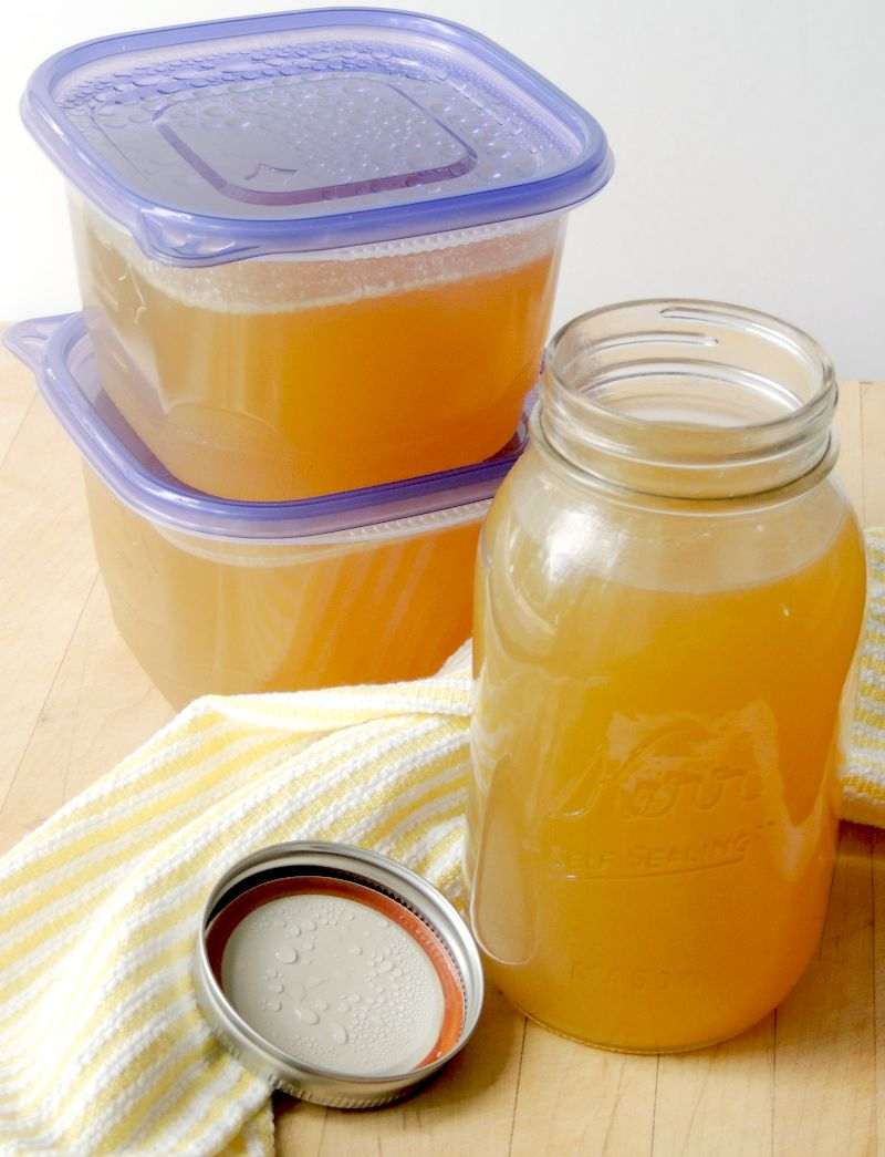 how to make chicken stock slow cooker