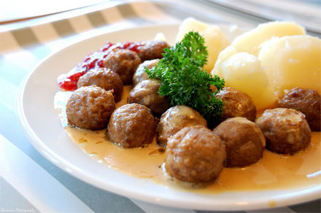 ... dish of the day is the ikea swedish meatball thingo that they sell