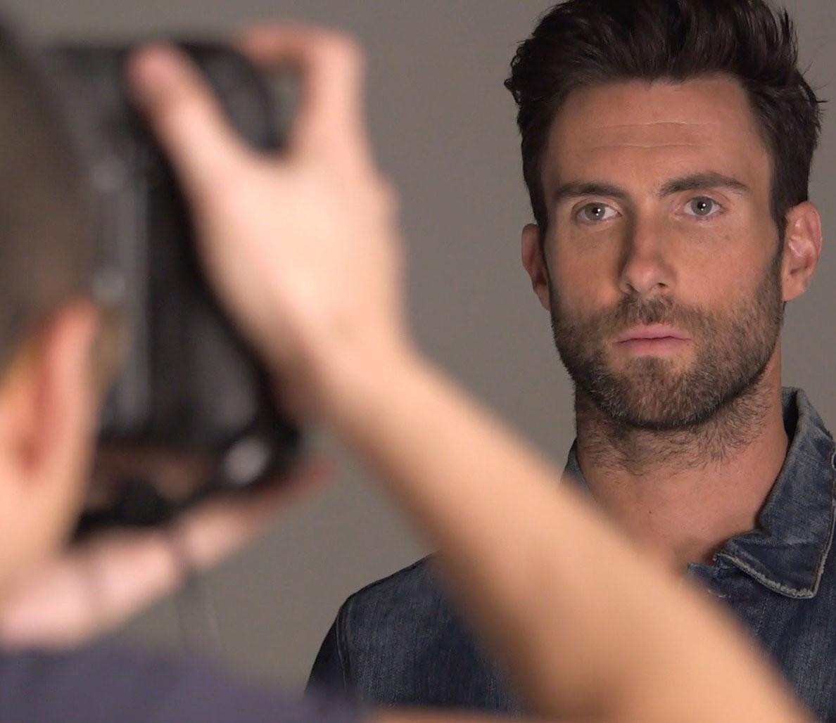 Adam Levine posa para ensaio da edição de março da Men's Fitness. Foto: Peter Yang