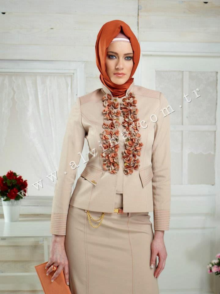 tenue-hijab-alvina-avec-robe-image