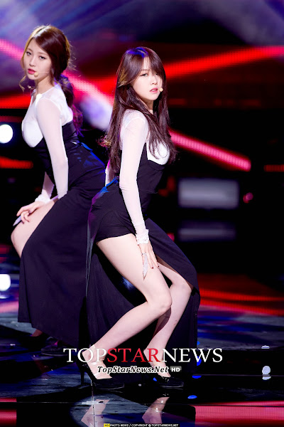 Girls Day Something Live Minah