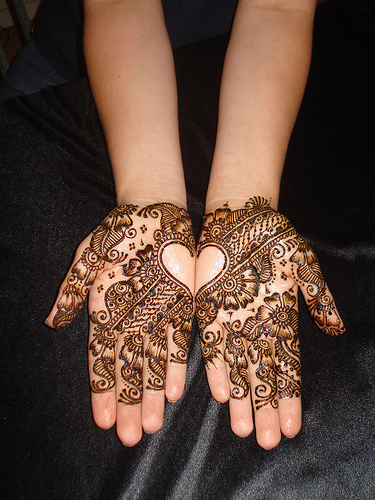 arabic henna design 2011 New Arabic Mehndi Designs