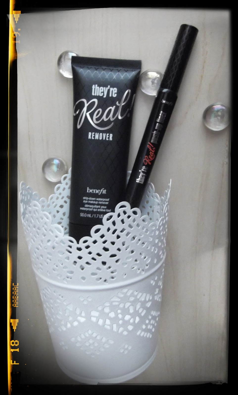 Benefit They're REAL Push-Up Gel Eye-liner pen remover review