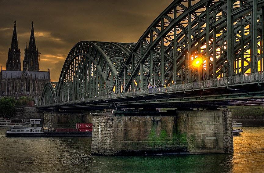 Puente Hohenzollern, Colonia
