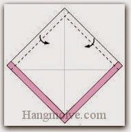 Bước 3: Gấp hai mép hai cạnh tờ giấy vào trong.