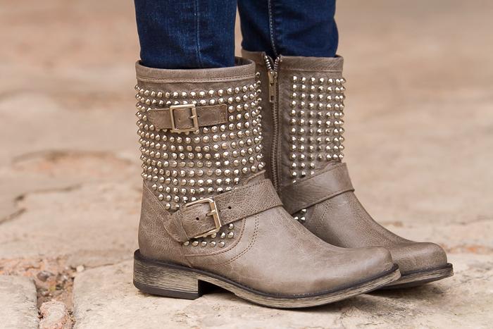 Coleccion de botas de la Blogger española adicta a los zapatos withorwithoutshoes