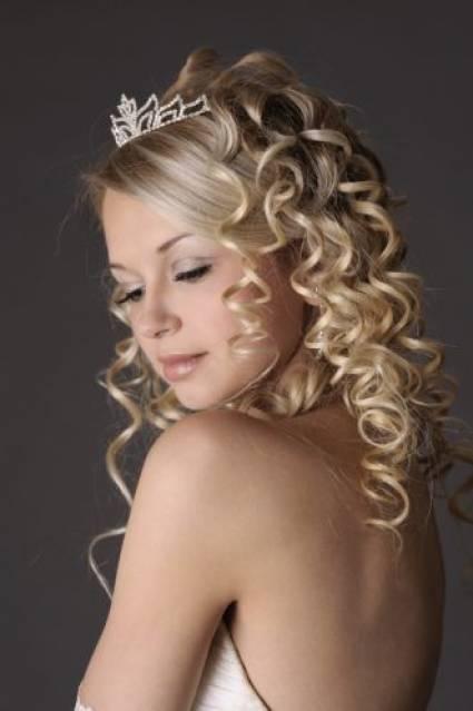 Ou le dernier des modèles pour la mariée 2013 style long style qui