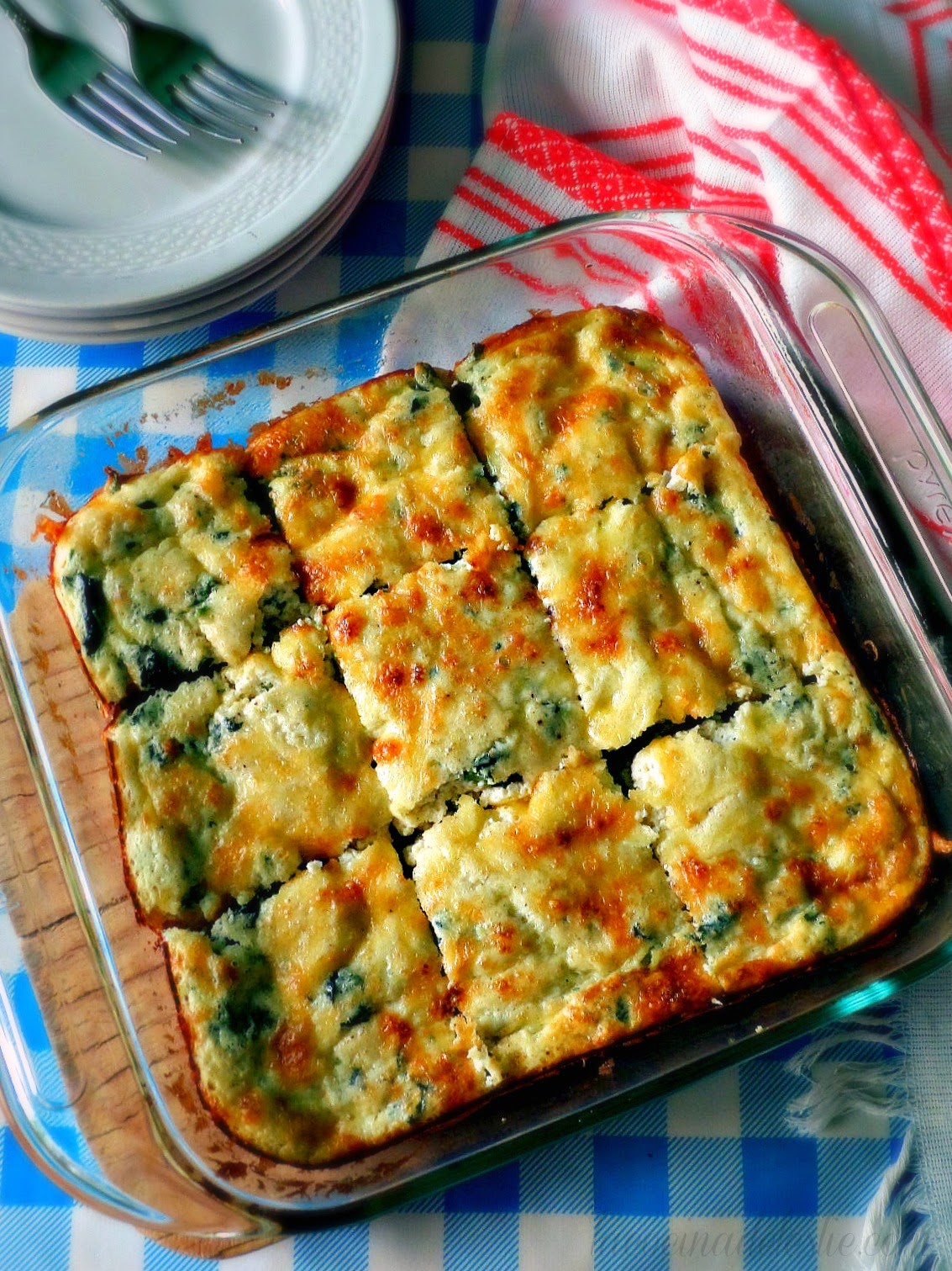 Spinach Squares w/ Requesón - lacocinadeleslie.com