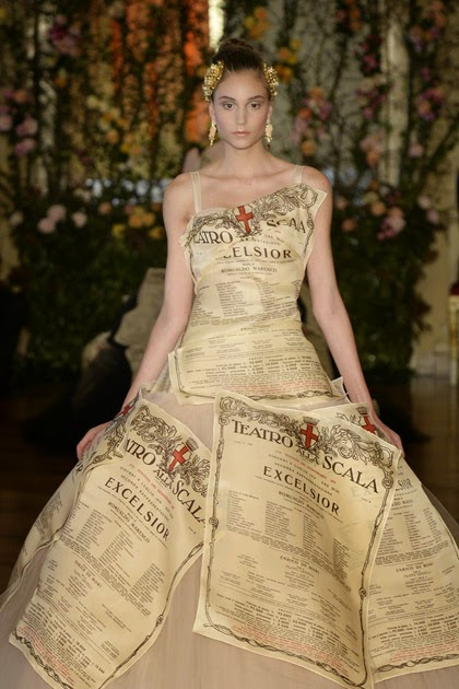 Dream a dream for Haute couture meaning in english