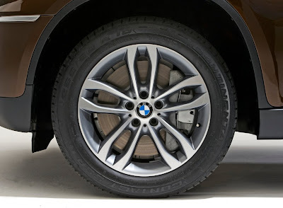 2013 BMW X6 Review and Pictures