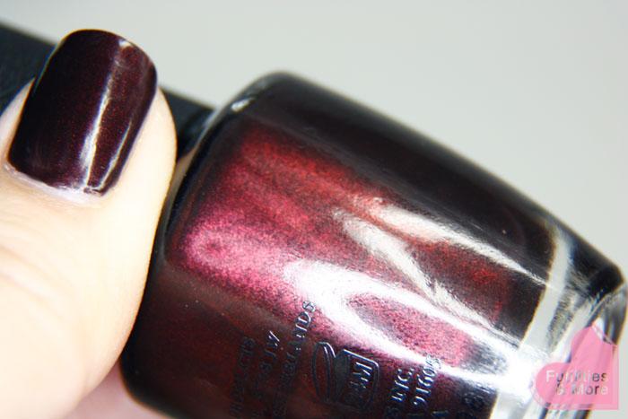 OPI Midnight In Moscow, Fall Nail Polish, purple, brown, burgundy, futilitiesandmore.blogspot.com, futilities and more, futilitiesandmore
