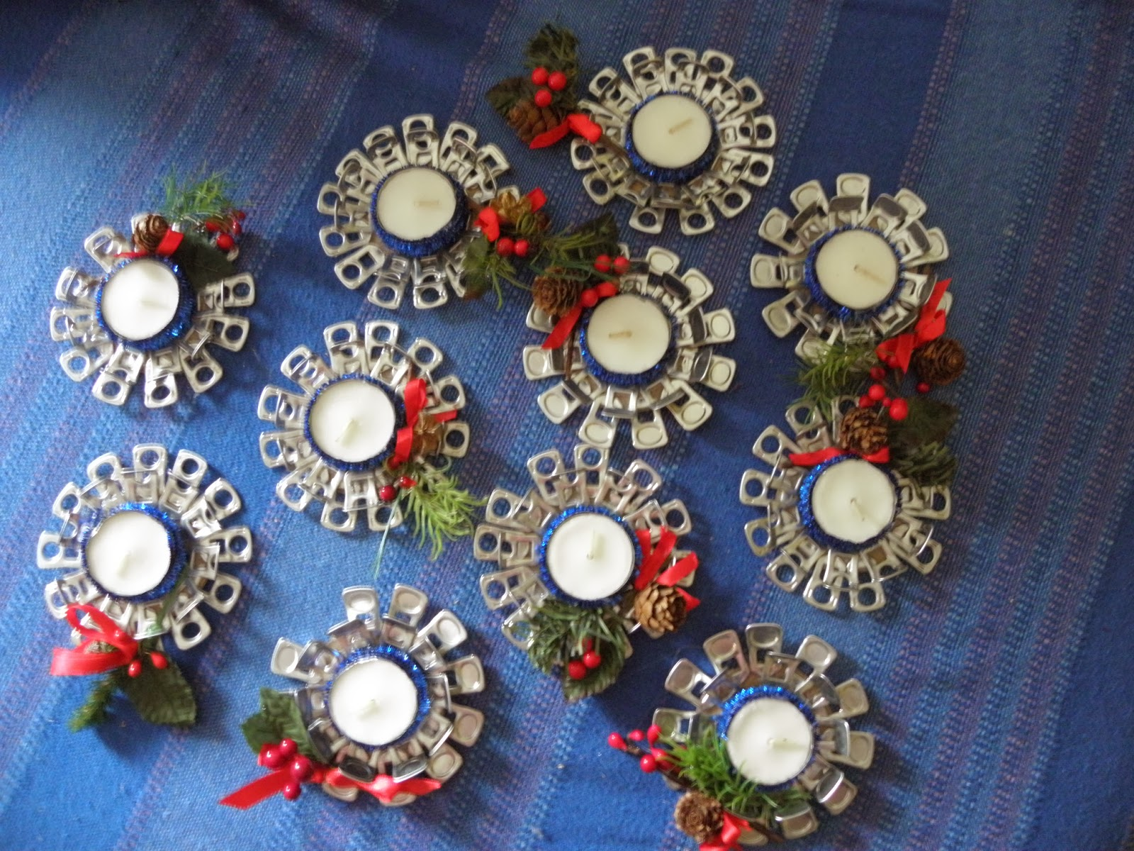 El olor de c diz flores marcos espejos cofres fimo for Manualidades para diciembre