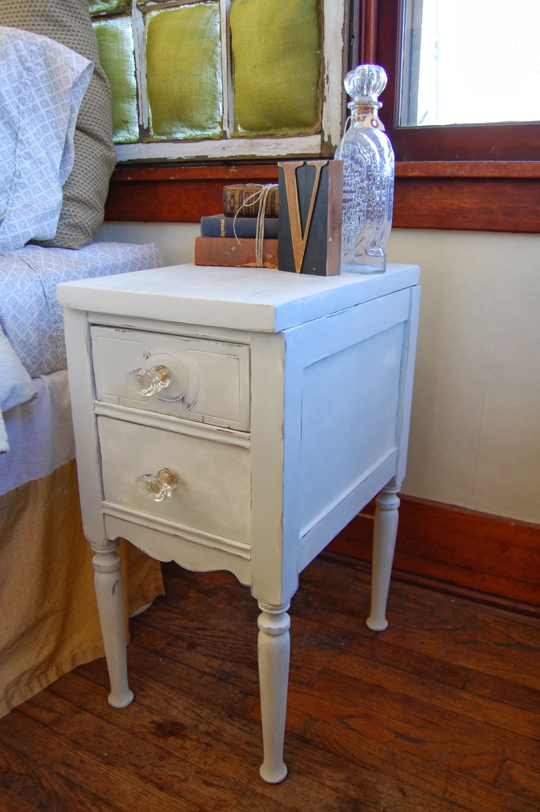 simplycozyrestoration shabby chic antique bedside table. Black Bedroom Furniture Sets. Home Design Ideas