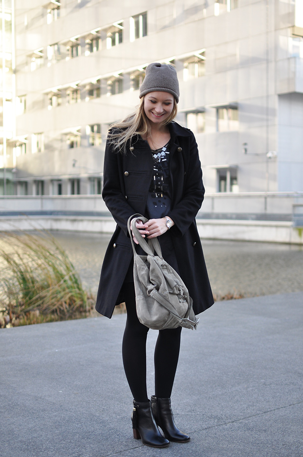 manteau caban noir kookai robe sac billy dreyfuss bonnet zara